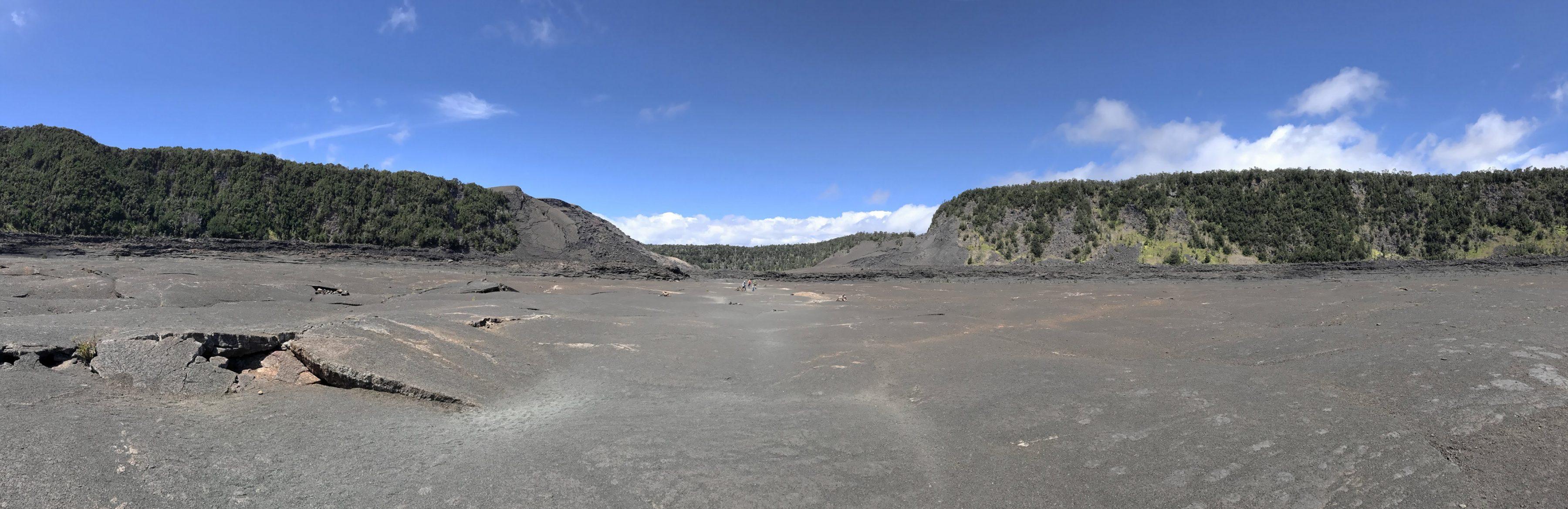Le fond du lac de lave du Kilauea Iki