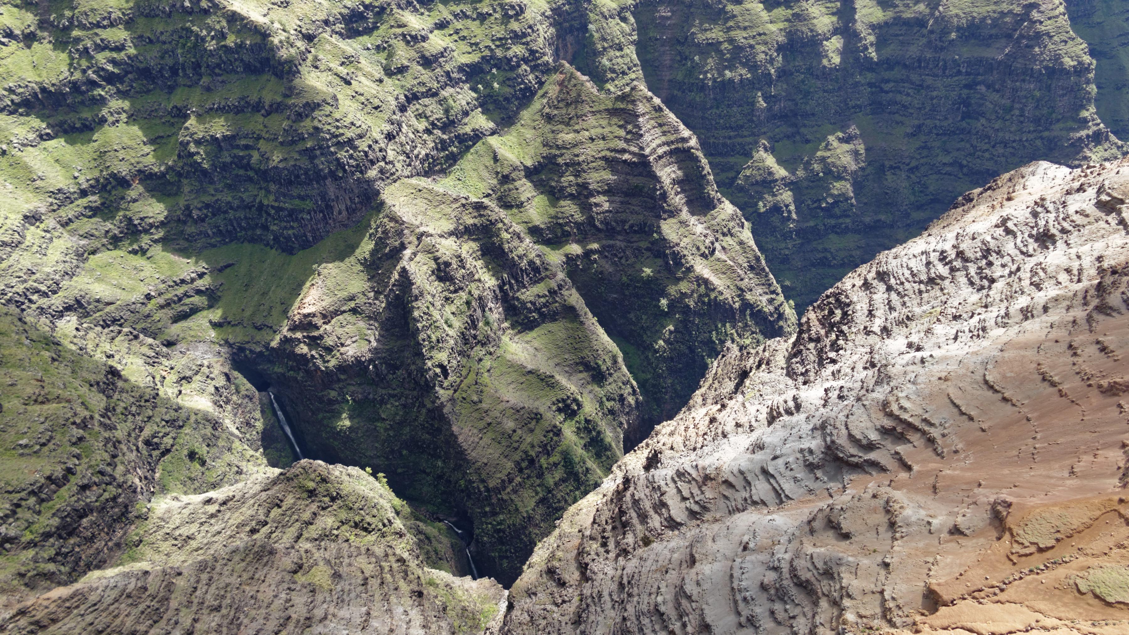 Les tréfonds des canyons à Kauai