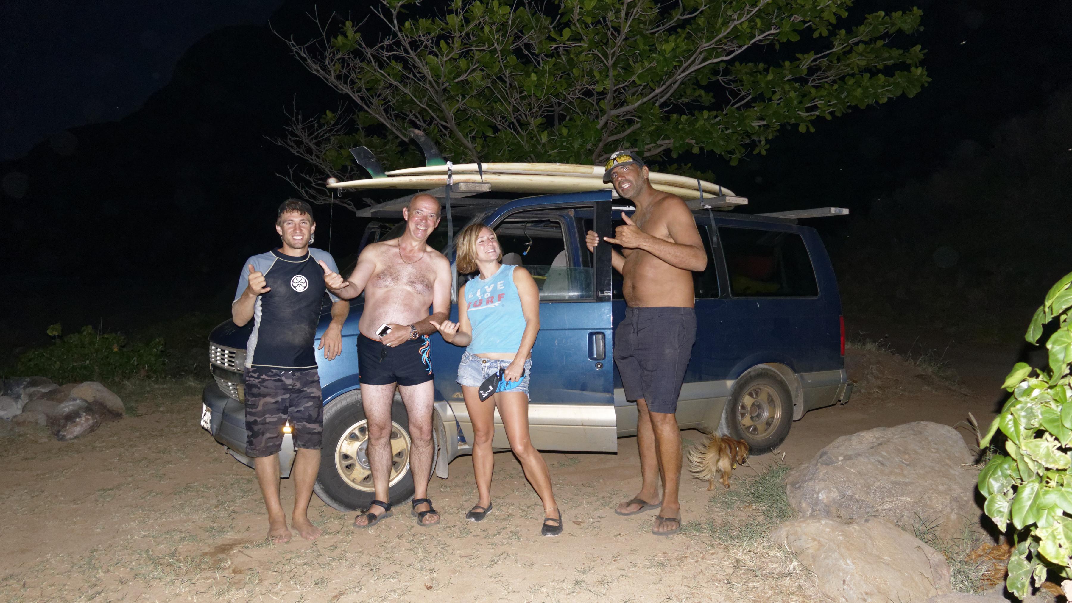 Les surfers, leur prf et le touriste