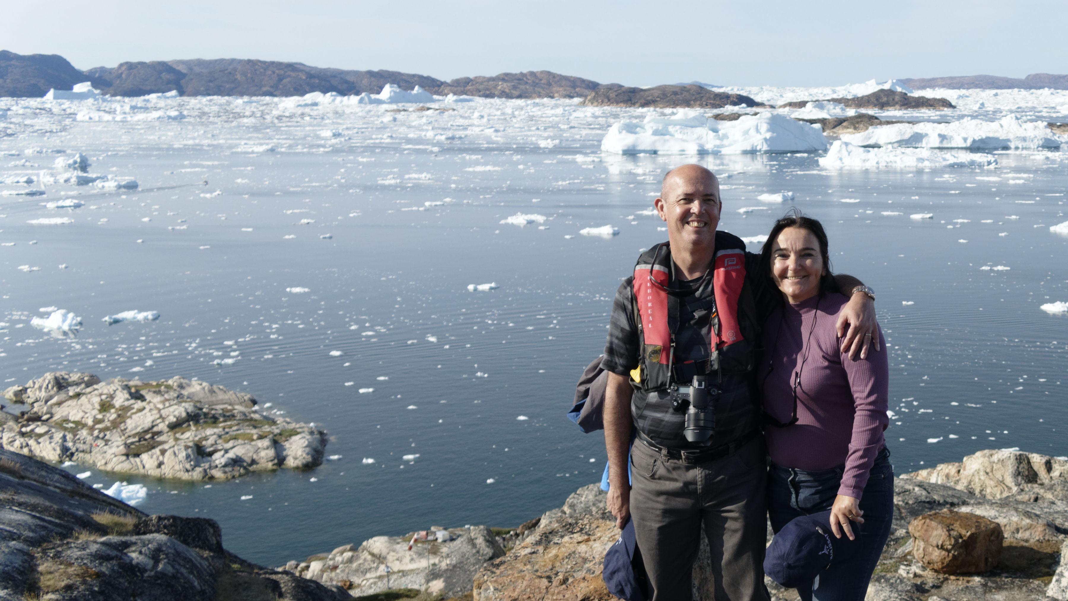 Béa et moi devant la baie d'Aapilattoq